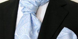 Образ жениха в светло-голубом цвете